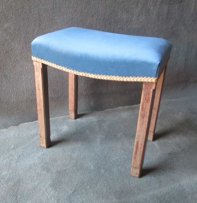 A George VI Coronation Stool From 1937